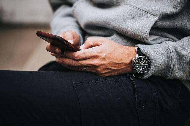 Using Mobile- Social Media