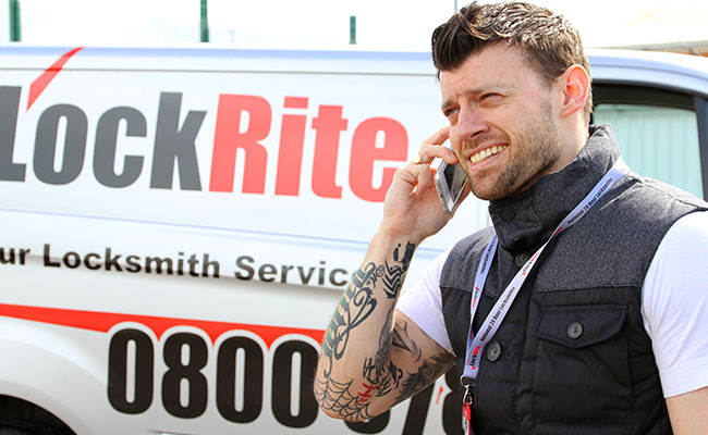 Lockrite Locksmith Answering Phone